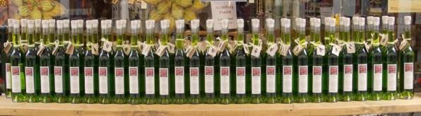 Flaschenreihe - mara - kunst und wach